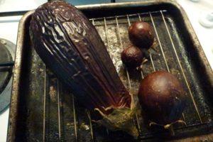Roast eggplant until shrivelled