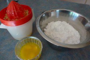 Icing Sugar and lemon juice
