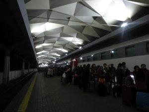2000 passengers