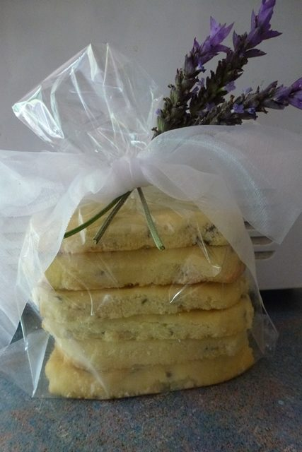 Give lavender shortbread as a gift