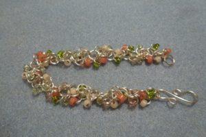 Shaggy Loops Bracelet