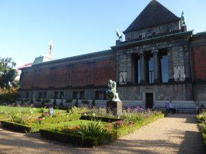 Rodin in the Glypotek garden