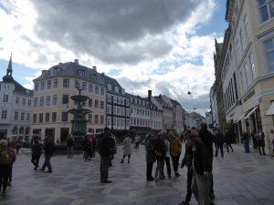 Kongens Nytorv (Kings New Square)