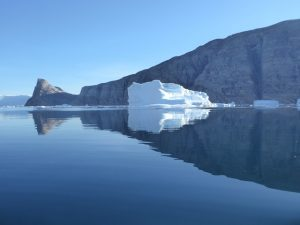 Icebergs change shape from different angles