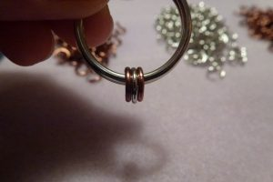 Attach 3 rings to the split ring