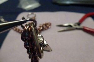Attach the swivel lobster clasp (with 3 rings)