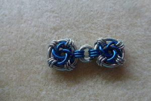 Linked mobius swirls