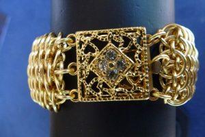 Dragonscale bracelet: clasp