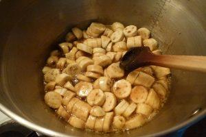 Add sliced bananas