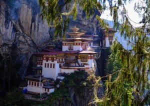 First glimpses of the Tiger's Nest
