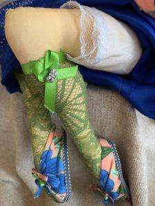 More elegant feet in slippers