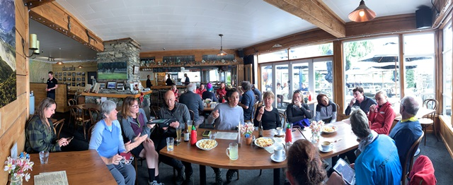 Drinks at the Glenorchy Pub